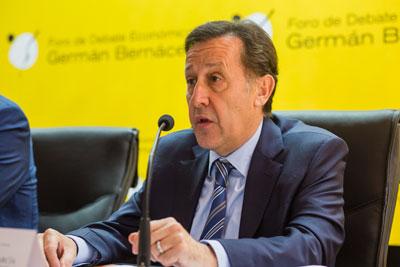 Pedro Algarra en un momento de su intervención.